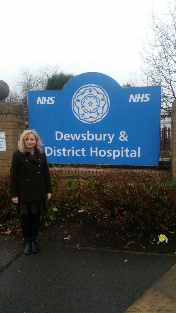 Tracy Brabin MP at Dewsbury and District Hospital